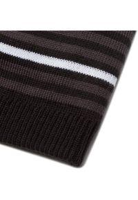 Czarna czapka salomon