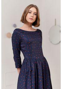 Marie Zélie - Sukienka Melania Cava granatowa. Kolor: niebieski. Materiał: skóra, bawełna, wiskoza, materiał. Sezon: lato