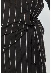 Czarna sukienka Silvian Heach z krótkim rękawem, na co dzień