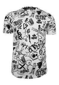 Biało-Czarny T-Shirt (Koszulka) z Nadrukiem -Brave Soul- Męski, 100% Bawełna, Graffiti, Roboty. Okazja: na co dzień. Kolor: wielokolorowy, biały, czarny. Materiał: bawełna. Wzór: nadruk. Styl: casual