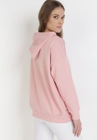 Born2be - Jasnoróżowa Bluza Corradenah. Kolor: różowy