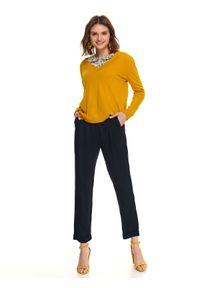 Żółty sweter TOP SECRET z dekoltem w serek, na co dzień, casualowy, na wiosnę