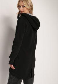 Renee - Czarna Bluza Trypheris. Kolor: czarny. Materiał: dzianina, polar. Długość rękawa: długi rękaw. Długość: długie. Wzór: aplikacja