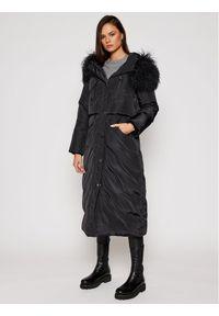 Czarna kurtka puchowa MAX&Co.