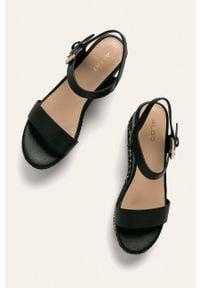 Czarne sandały Aldo z okrągłym noskiem, na klamry