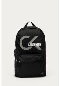 Czarny plecak Calvin Klein Performance z nadrukiem