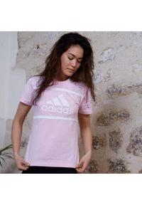 Adidas - Koszulka krótki rękaw fitness Colorblock. Materiał: bawełna. Długość rękawa: krótki rękaw. Długość: krótkie. Sport: fitness
