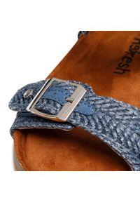 Refresh - Sandały REFRESH - 72938 Jeans. Okazja: na spacer, na co dzień. Kolor: niebieski. Materiał: materiał. Sezon: lato. Styl: casual