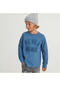 Reserved - Longsleeve z aplikacją - Niebieski. Kolor: niebieski. Długość rękawa: długi rękaw. Wzór: aplikacja