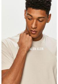 T-shirt Calvin Klein Performance casualowy, gładki