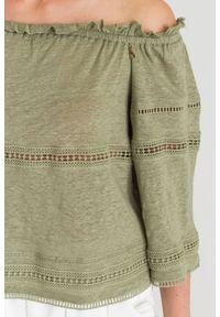 Oliwkowa bluzka Patrizia Pepe w ażurowe wzory, elegancka