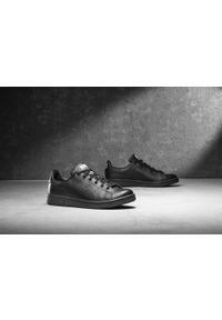 Czarne buty sportowe Adidas z cholewką, Adidas Stan Smith
