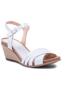 Białe sandały Baldaccini