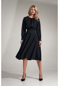 Figl - Czarna Rozkloszowana Midi Sukienka z Marszczeniami. Kolor: czarny. Materiał: poliester. Długość: midi