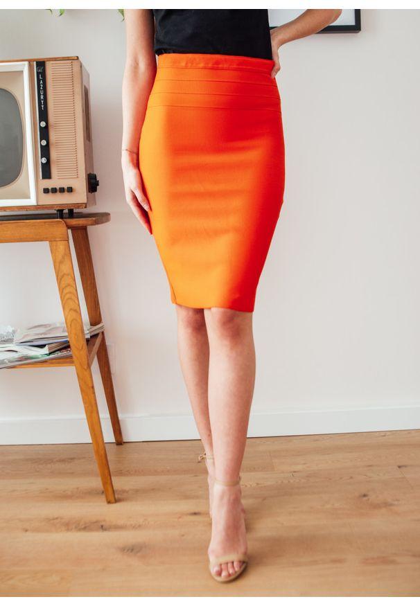 Pomarańczowa spódnica Fanaberia.com w kolorowe wzory