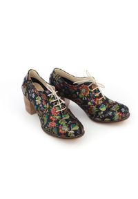 Zapato - sznurowane półbuty na 6 cm słupku - skóra naturalna - model 251 - kolor czarne liście. Kolor: czarny. Materiał: skóra. Obcas: na słupku