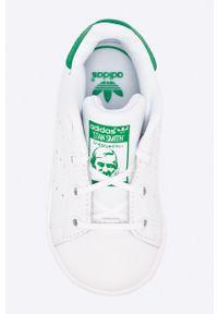 Białe buty sportowe adidas Originals z cholewką, z nadrukiem