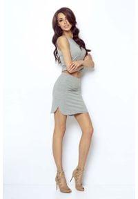 IVON - Szara Asymetryczna Mini Spódnica na Gumie. Kolor: szary. Materiał: guma