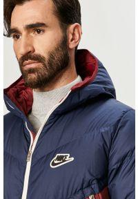 Niebieska kurtka Nike Sportswear z kapturem