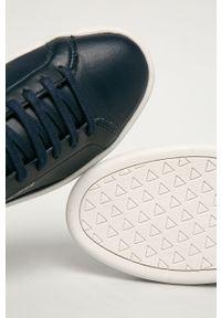 Niebieskie sneakersy Guess Jeans z okrągłym noskiem, z cholewką, na sznurówki
