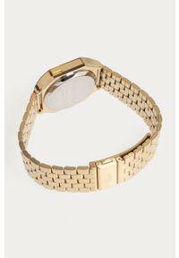 Złoty zegarek Lacoste