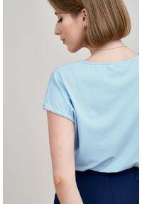 Marie Zélie - Bluzka Kordelia błękitna – krótki rękaw. Kolor: niebieski. Materiał: wiskoza, elastan, skóra, materiał. Długość rękawa: krótki rękaw. Długość: krótkie