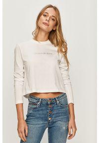 Biała bluzka z długim rękawem Calvin Klein Jeans z aplikacjami, casualowa, z okrągłym kołnierzem