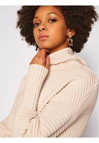 Beżowy sweter klasyczny Victoria Victoria Beckham