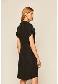 Czarna sukienka Noisy may prosta, casualowa