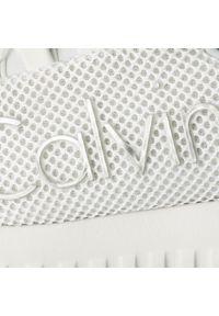 Białe półbuty Calvin Klein Jeans casualowe, na co dzień, z cholewką