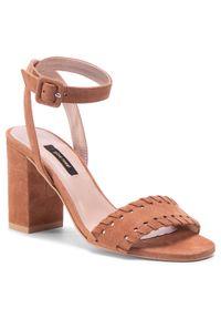 Brązowe sandały Gino Rossi