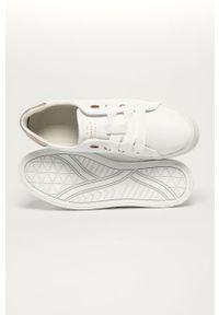 Białe sneakersy GANT na średnim obcasie, na obcasie
