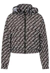 Calvin Klein Jeans Kurtka przejściowa J20J215643 Czarny Regular Fit. Kolor: czarny