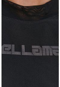 LABELLAMAFIA - LaBellaMafia - Sukienka. Kolor: czarny. Materiał: tkanina. Długość rękawa: długi rękaw. Wzór: gładki. Typ sukienki: dopasowane
