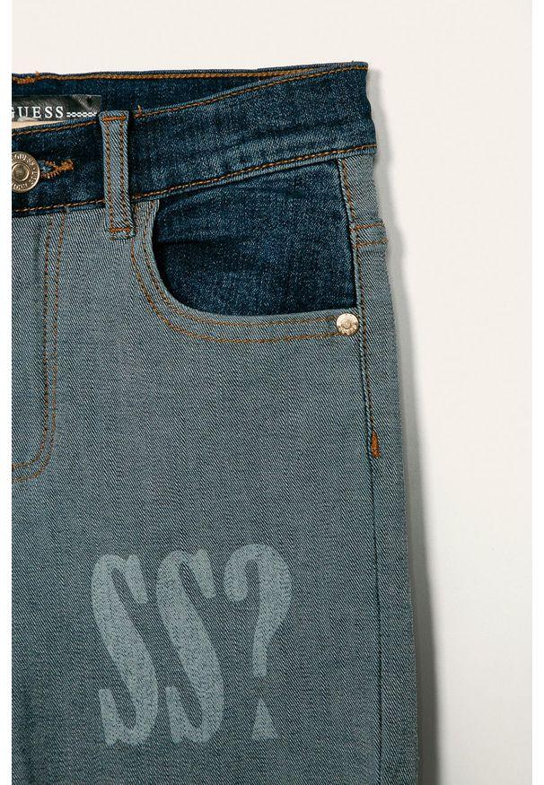 Niebieskie spodenki Guess Jeans z nadrukiem, na co dzień, casualowe