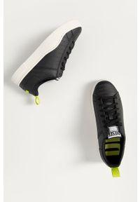 Czarne sneakersy Diesel z cholewką, z okrągłym noskiem