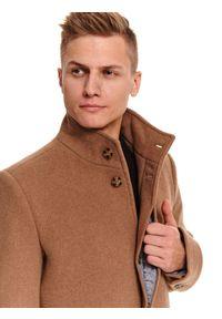TOP SECRET - Klasyczny płaszcz ze stójką z wełnianej tkaniny. Typ kołnierza: kołnierzyk stójkowy. Materiał: tkanina, wełna. Sezon: zima. Styl: klasyczny #4