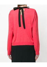 ROCHAS - Sweter z aplikacją. Okazja: na co dzień. Kolor: różowy, fioletowy, wielokolorowy. Materiał: wełna. Długość rękawa: długi rękaw. Długość: długie. Wzór: aplikacja. Styl: elegancki, casual