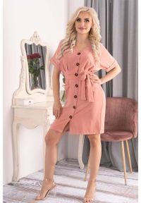 Merribel - Sukienka Szmizjerka z Krótkim Rękawem - Różowa. Kolor: różowy. Materiał: poliester. Długość rękawa: krótki rękaw. Typ sukienki: szmizjerki