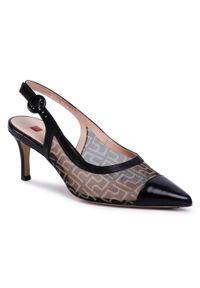 Czarne sandały HÖGL klasyczne