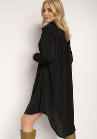 Renee - Czarna Sukienka Demosyne. Kolor: czarny. Długość rękawa: długi rękaw. Wzór: aplikacja. Typ sukienki: koszulowe. Styl: elegancki. Długość: midi