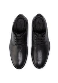 Clarks - Półbuty CLARKS - Ronnie Walk 261438107 Black Leather 261438107. Kolor: czarny. Materiał: skóra. Szerokość cholewki: normalna. Styl: elegancki