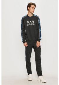 Niebieskie spodnie dresowe EA7 Emporio Armani z aplikacjami