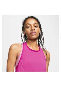 Koszulka treningowa damska Nike Icon Clash TOP CJ4137. Materiał: poliester, materiał, bawełna. Technologia: Dri-Fit (Nike). Wzór: gładki. Sport: fitness
