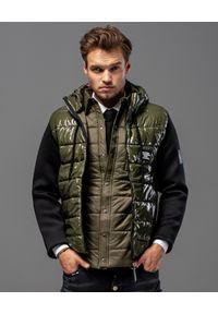 GUNS & TUXEDOS - Pikowana kurtka z kapturem Defender KB. Typ kołnierza: kaptur. Kolor: czarny. Materiał: jeans, guma, materiał. Wzór: aplikacja. Sezon: jesień, zima. Styl: sportowy