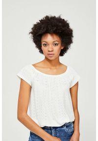Biała bluzka MOODO z krótkim rękawem, krótka