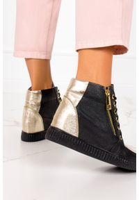 Casu - Czarne sneakersy casu na ukrytym koturnie polska skóra 2351. Kolor: czarny. Materiał: skóra. Obcas: na koturnie