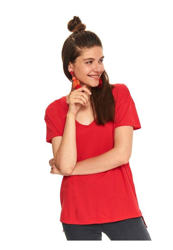 Czerwony t-shirt TOP SECRET na co dzień, na jesień, casualowy, w kolorowe wzory
