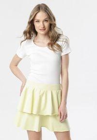 Born2be - Jasnożółta Spódnica Limosia. Kolor: żółty