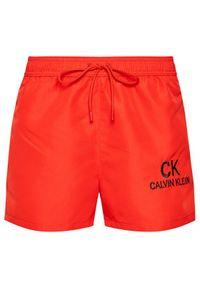 Calvin Klein Swimwear Szorty kąpielowe Core 90s KM0KM00562 Czerwony Regular Fit. Kolor: czerwony